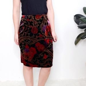 Vintage Mirrors Paisley Floral Velvet Pencil Skirt
